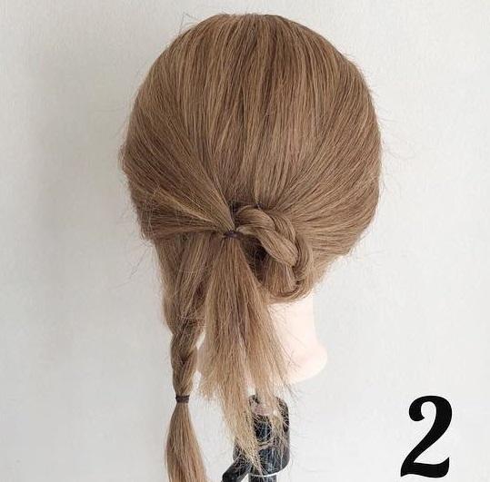 三つ編みで浴衣にも良く似合う☆ヘアアクセが映えるまとめ髪アレンジ2