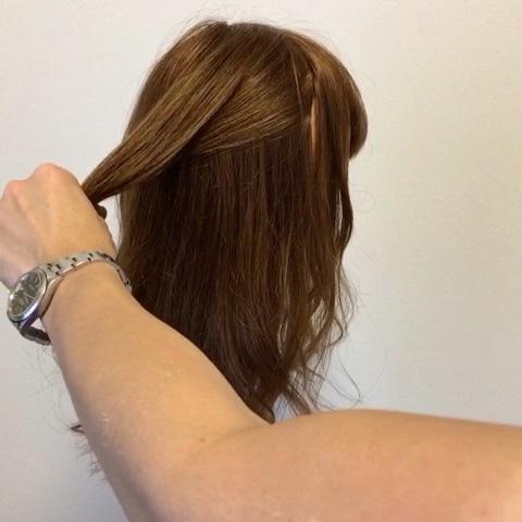 髪が硬い方&多い方にオススメ☆超簡単ハーフアップアレンジ1