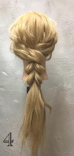 お姫様のような華やかさ♡大きな編み下ろしヘアアレンジ4