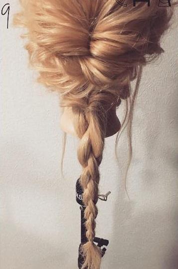 四つ編みで立体的に♪女の子らしい華やかな編み下ろしアレンジ♡9