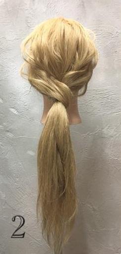 お姫様のような華やかさ♡大きな編み下ろしヘアアレンジ2