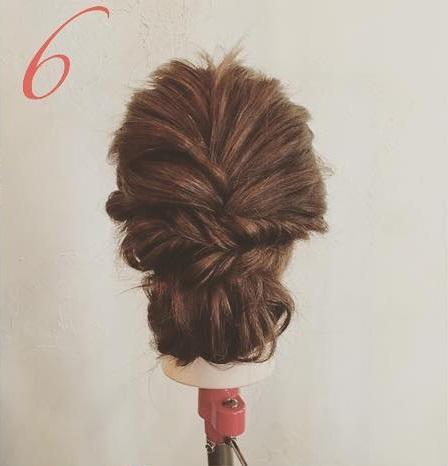 浴衣のときにぴったり!編み込みがポイントの大人っぽいまとめ髪アレンジ♪6