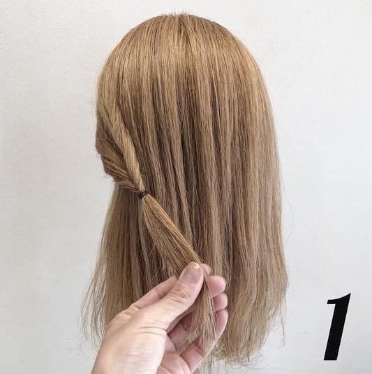 髪の毛が多い方におすすめ♪くるりんぱだけで可愛い時短ハーフアップアレンジ♡1