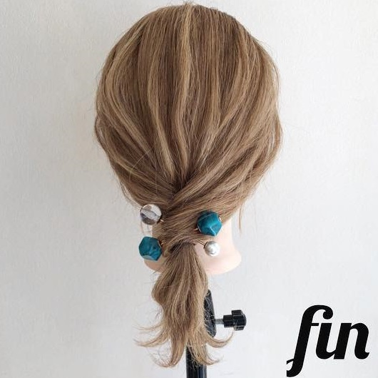 髪を巻きつけて結ぶだけでできちゃう☆ミディアムさんにおすすめのポニーテールアレンジtop