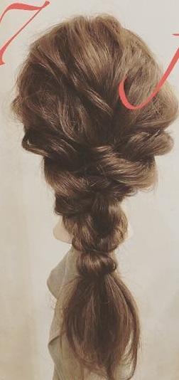 周りと差をつけられるヘアアクセサリー☆ヘアバトンにぴったりの編み下ろしアレンジ7