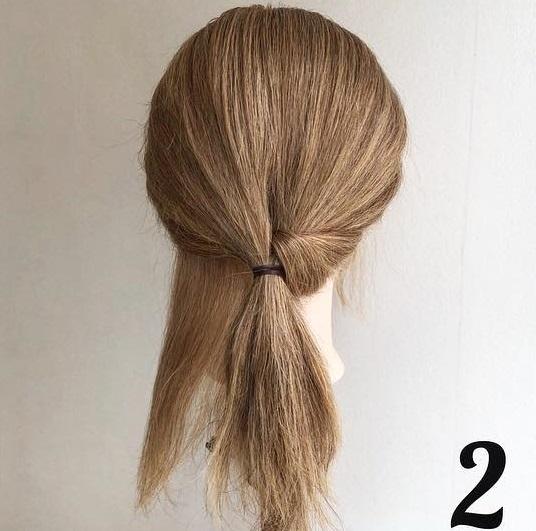 ヘアアクセが決め手☆超簡単ローポニーテールをおしゃれに見せるヘアアレンジ2