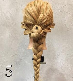 きれいめコーデと相性抜群☆周りと差がつく上品さが魅力のまとめ髪アレンジ5