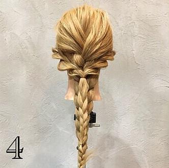 きれいめコーデと相性抜群☆周りと差がつく上品さが魅力のまとめ髪アレンジ4