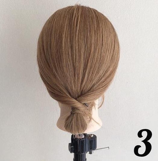 ヘアアクセサリーのダブル使いで素敵に仕上がる♪髪が短くても簡単にできちゃう、まとめ髪アレンジ3
