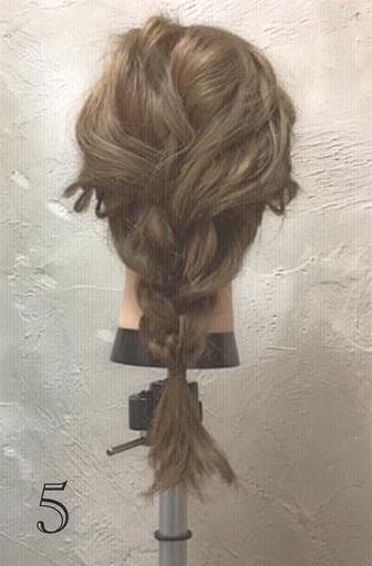ミディアムヘアでもできる!ふんわりかわいい編み下ろしアレンジ♪ -5