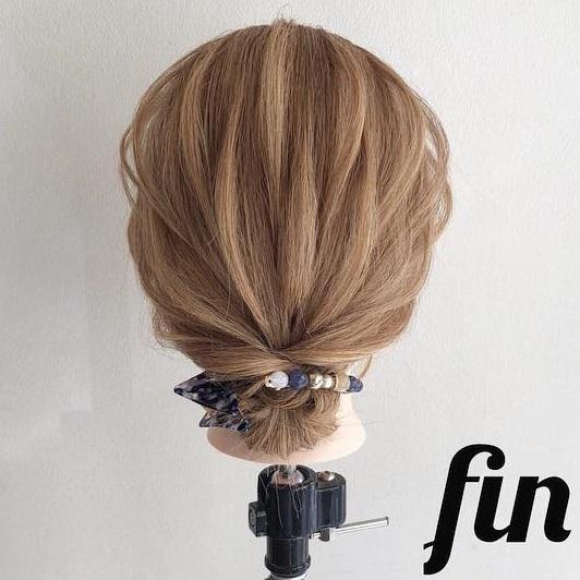 ヘアアクセサリーのダブル使いで素敵に仕上がる♪髪が短くても簡単にできちゃう、まとめ髪アレンジtop
