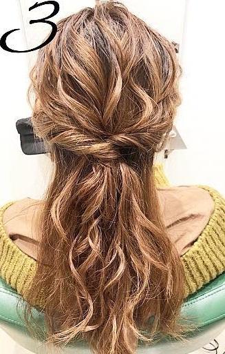 巻き髪でボリュームアップ☆カジュアルなのに華やかに決まるダウンスタイル3