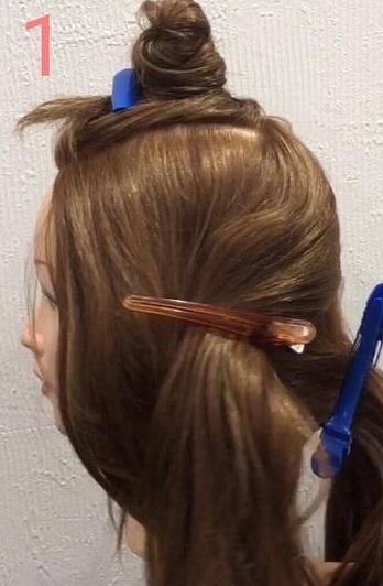 前髪が長い方におすすめ☆三つ編みだけでできる、手の込んだ編み込み風アレンジ1