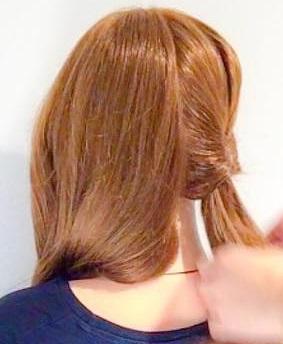 寝坊しちゃった朝でも安心◎寝ぐせがついたままの髪でもできる、まとめ髪アレンジ1