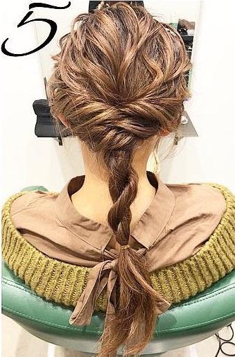 巻き髪でボリュームアップ☆カジュアルなのに華やかに決まるダウンスタイル5