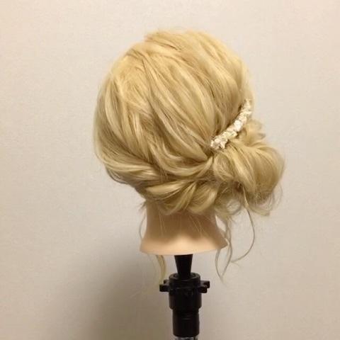 ちょっとしたオシャレヘアに♪サイドで魅せるまとめ髪♡ top