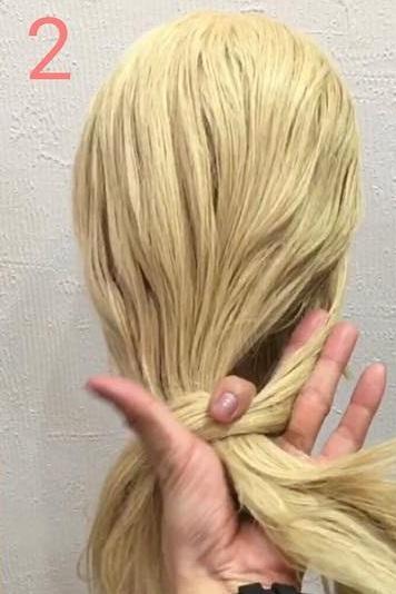 海外女子に人気のモードヘア♪ノットヘアーアレンジ2