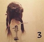 ヘアアクセがなくても華やかさ満点◎自分の髪で作るビッグリボン×編みおろしアレンジ3