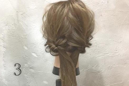 男女モテ確実の愛されヘア♡三つ編みがキュートなまとめ髪アレンジ3