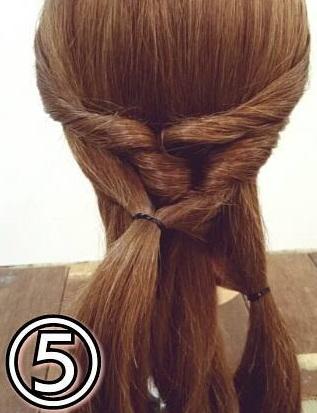 「髪の毛の量が多い…」という方におすすめ☆素敵な後ろ姿になるポニーテールアレンジ5