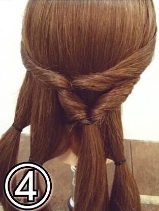 「髪の毛の量が多い…」という方におすすめ☆素敵な後ろ姿になるポニーテールアレンジ4