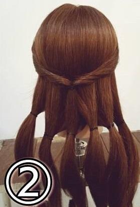 「髪の毛の量が多い…」という方におすすめ☆素敵な後ろ姿になるポニーテールアレンジ2