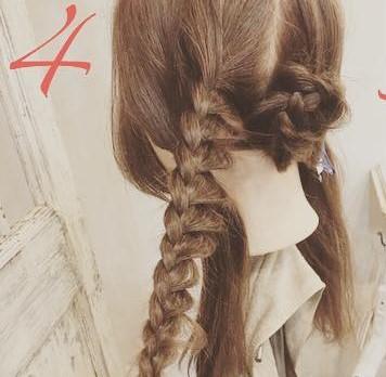 ロングヘアもすっきりまとまる◎簡単三つ編み4