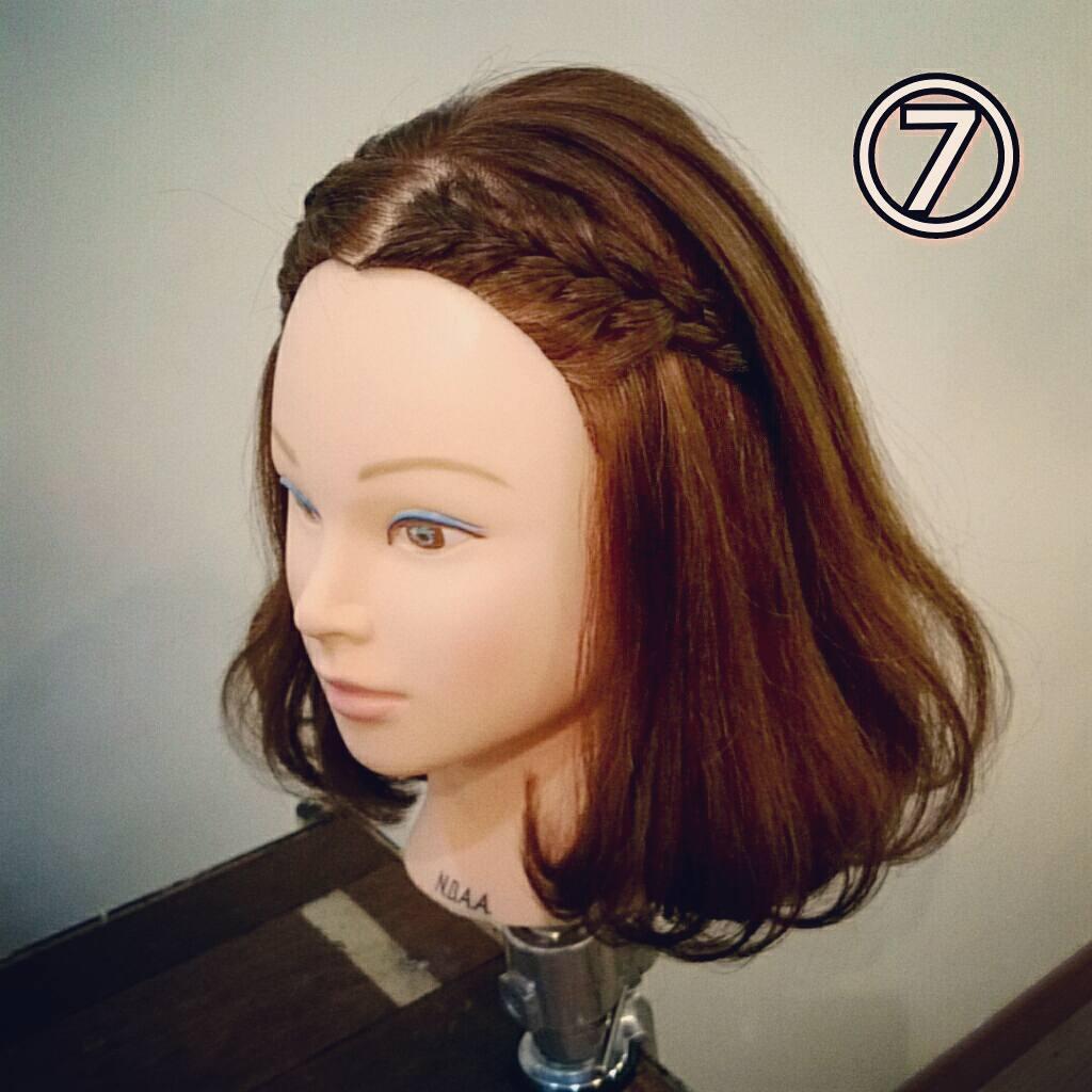 前髪で印象は変わる☆前髪が長めの方におすすめの、編み込み×三つ編みでつくる前髪アレンジ7