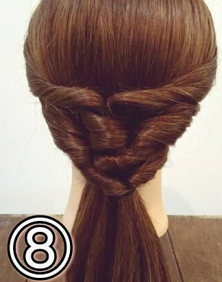 「髪の毛の量が多い…」という方におすすめ☆素敵な後ろ姿になるポニーテールアレンジ8