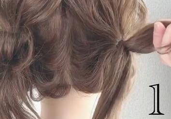 後ろからでもかわいいハートヘア!1