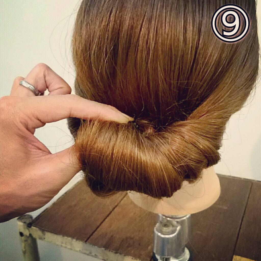 くるりんぱで簡単にできる万能アレンジ!華やかまとめ髪ギブソンタックアレンジ♡9