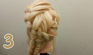 フィッシュボーンで作るオシャレまとめ髪アレンジ♪3