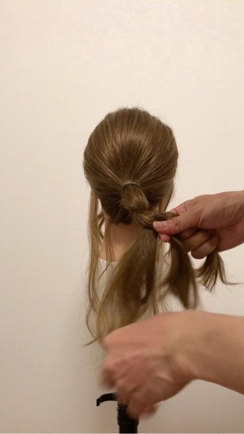 ふわっと可愛い♡おくれ毛を活かすアップヘア2