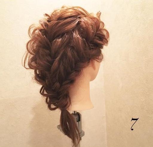 気分はお姫様♡結婚式にもピッタリの編み下ろしアレンジ7