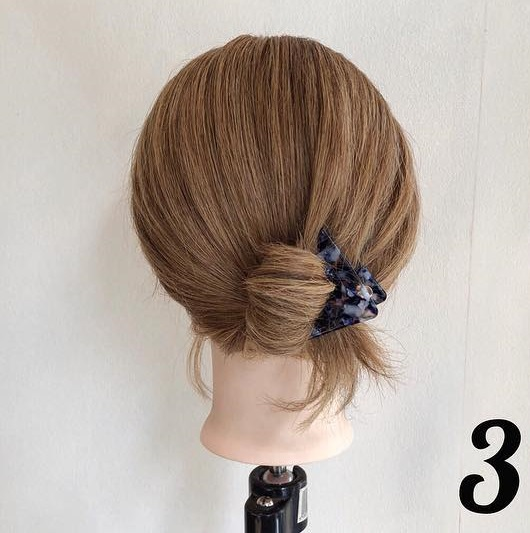 夏におすすめ☆浴衣にもぴったりな簡単まとめ髪3