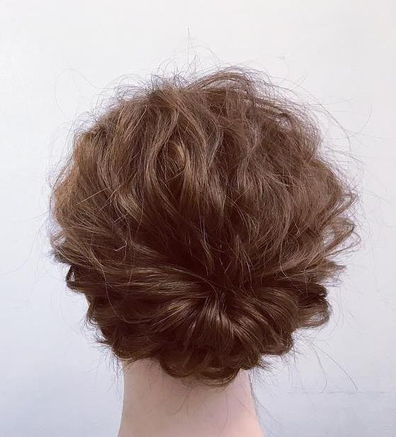 ミディアムヘアでも華やかに♡くるりんぱ×ロープ編みの簡単まとめ髪アレンジfin