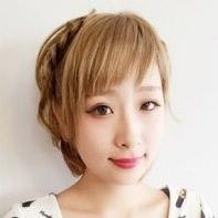ショートヘアでもしっかりアレンジしたい!顔周りスッキリの三つ編みアレンジ☆