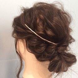 くせ毛をオシャレに!ウェーブヘアを活かしたボブのアップスタイル
