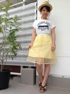 オーガンジースカートに似合うヘアスタイル