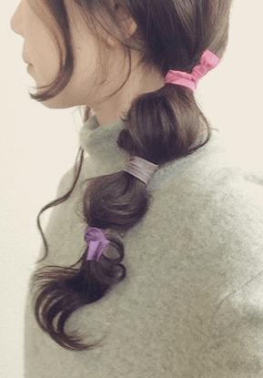 ヘアタイを使ったヘアスタイル