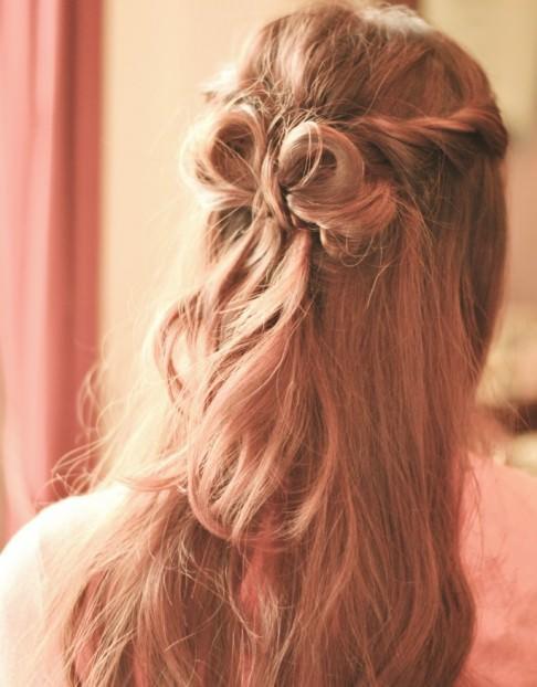 うしろ姿が可愛い♪ヘアスタイル