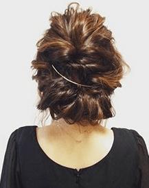 クレセントコームを使用したヘアスタイル