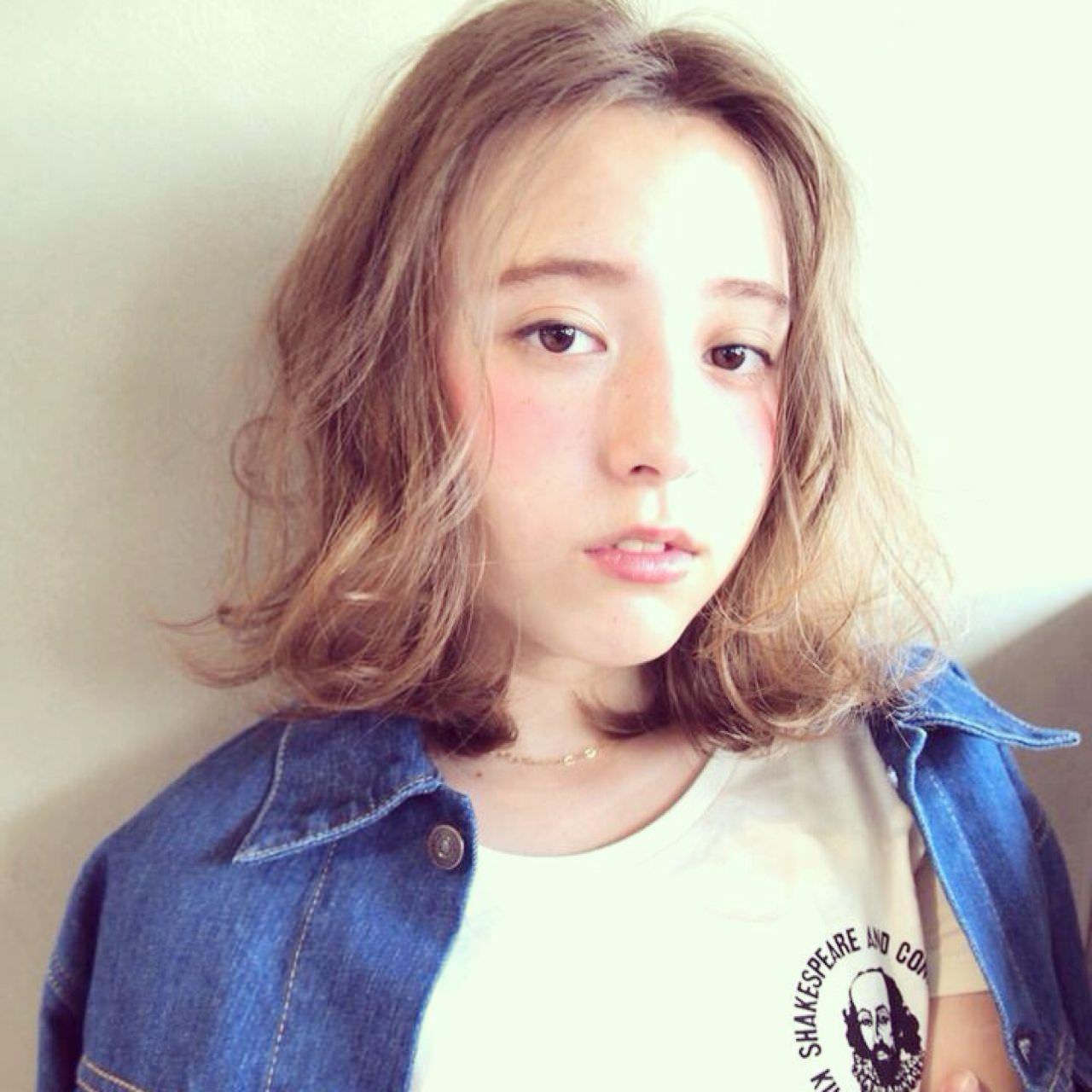 微妙な長さの髪がもっと可愛くなるヘアアレンジ