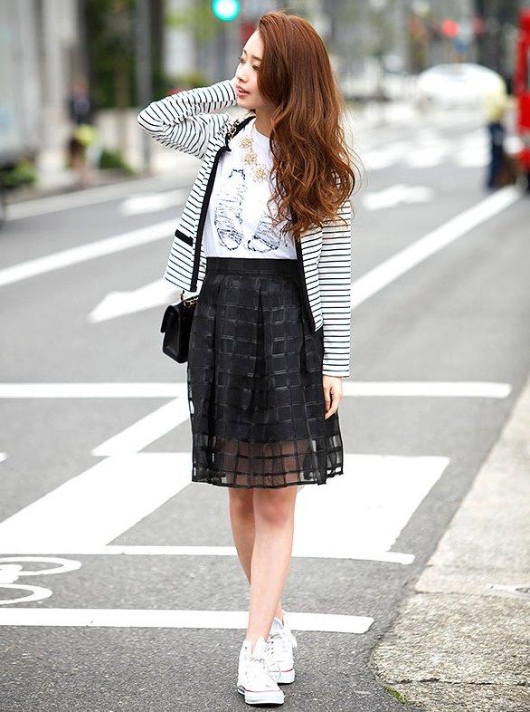 サーキュラースカートに似合うヘアスタイル