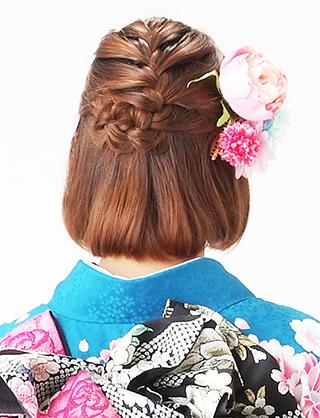 簡単可愛い♪バレッタを使ったヘアスタイル2