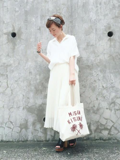 首元スッキリ♪「スキッパーシャツ」に似合うヘアスタイル3