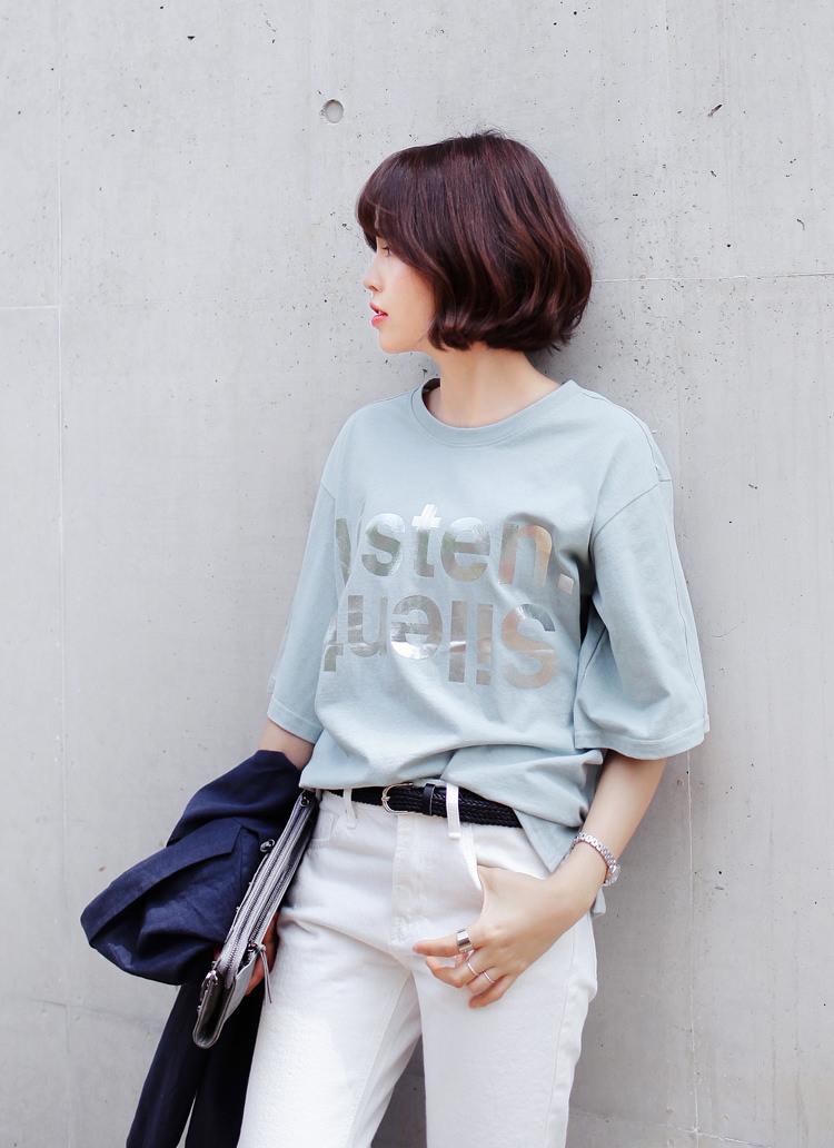 大きめTシャツに似合うヘアスタイル2