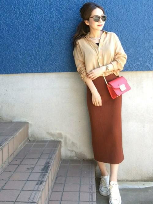 リブスカートに似合うヘアスタイル3