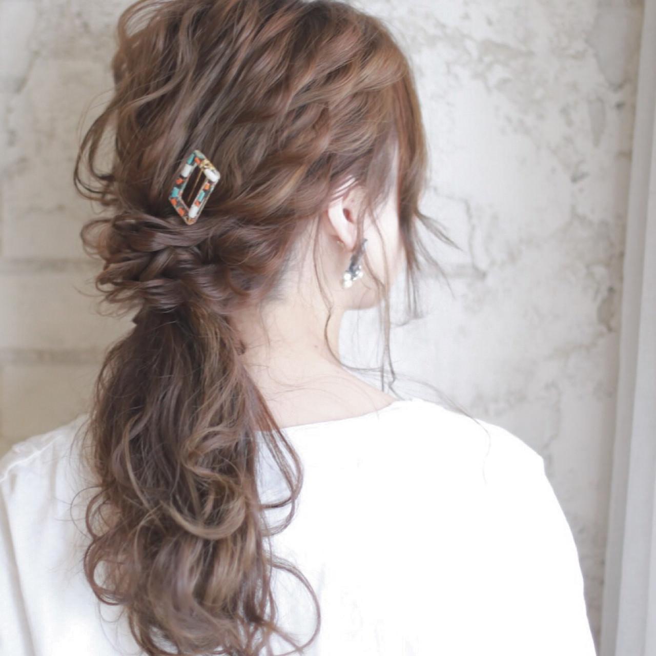 ロープ編みが可愛いヘアスタイル4