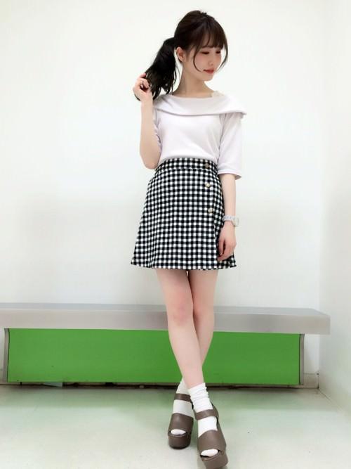 ラップスカートに似合うヘアスタイル☆4